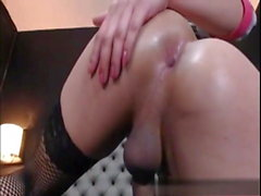 dildo in the bum ,beatting her meat for fun