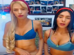 Blond & black-haired colombian shemales fucking & sucking each other