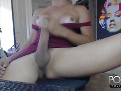 Huge cock tranny jerking on Webcam