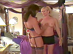 Tgirl and blonde babe have hot sex