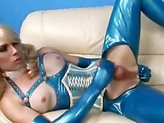 Hot Shemale Tara In Latex