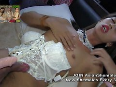 AsianShemale Argiel from Philippines in White Corset