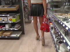 stefani boots meet a man during shopping real life