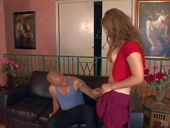 Shemale Tiffany Starr gets sucked by kinky dude